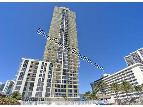 La Perla, Sunny Isles Beach